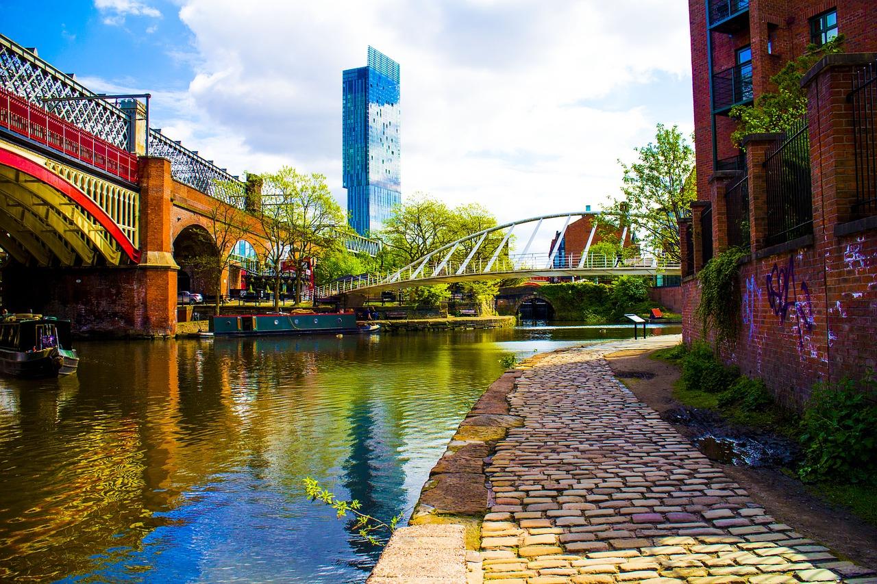 kanaal en brug in Manchester