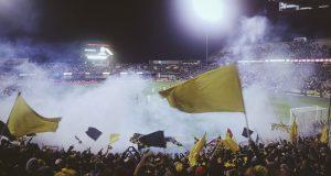 voetbalreizen sfeer stadion