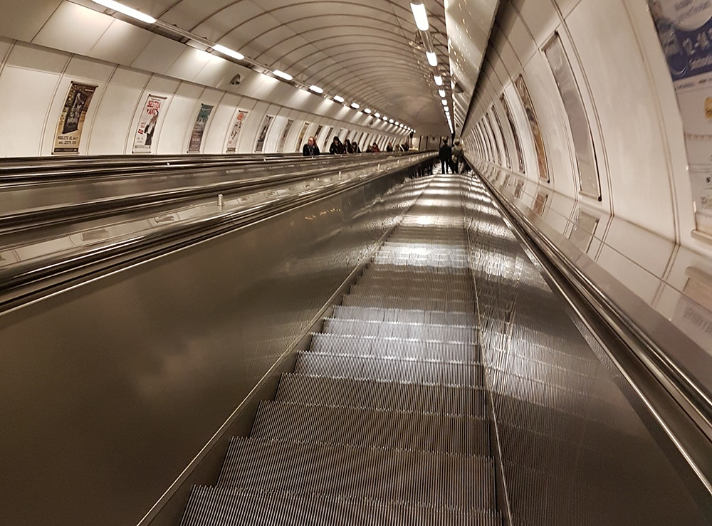Praag-metro-roltrappen