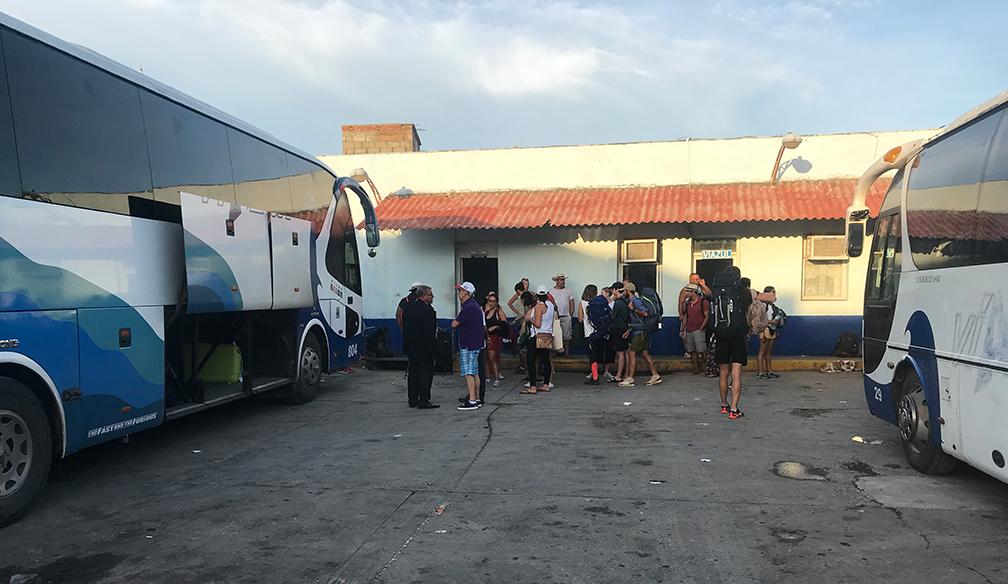 rondreizen-cuba-viazul-bus