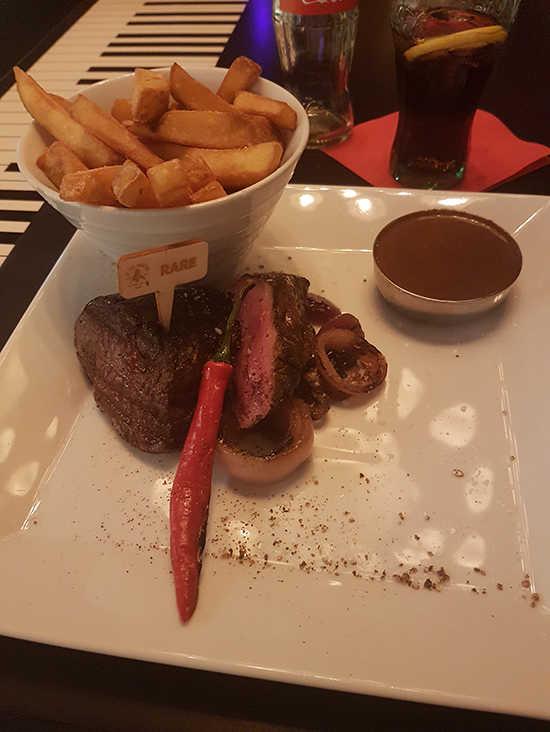 restaurants-in-praag-diner-biefstuk